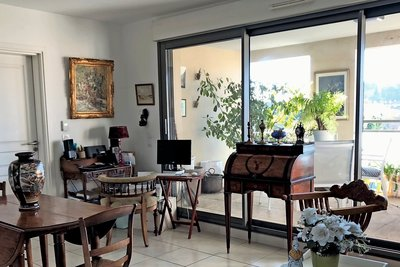 Apartment for sale in AIX-EN-PROVENCE  - 2 rooms - 41 m²