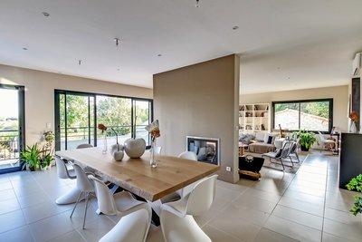 Maison à vendre à CARBONNE  - 7 pièces - 310 m²