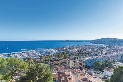 House for sale in BEAULIEU-SUR-MER  - 3 rooms - 103 m²