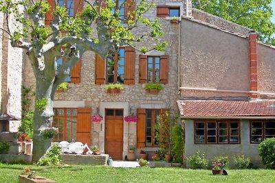 Maison à vendre à LE THOR   - 240 m²