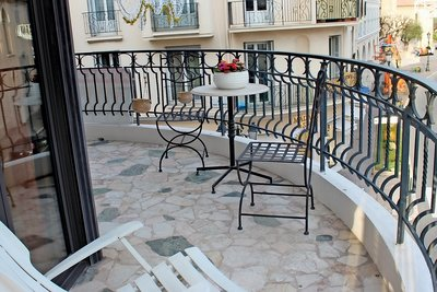 Apartment for sale in BEAULIEU-SUR-MER  - 3 rooms - 109 m²