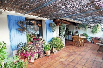 House for sale in VAISON-LA-ROMAINE   - 127 m²