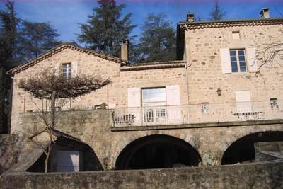 Maison à vendre à AUBENAS  - 15 pièces - 500 m²