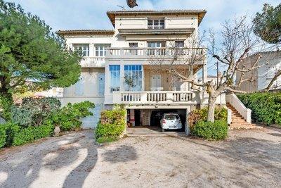 Maison à vendre à MARSEILLE  7EME  - 10 pièces - 350 m²