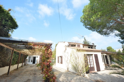 Maison à vendre à JUAN-LES-PINS  - 5 pièces - 160 m²