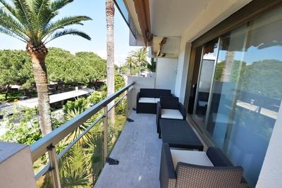 Appartement à vendre à CAP D'ANTIBES  - 2 pièces - 53 m²