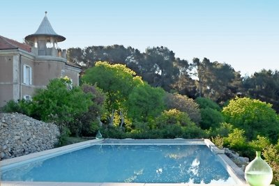 House for sale in AIX-EN-PROVENCE  - 10 rooms - 460 m²