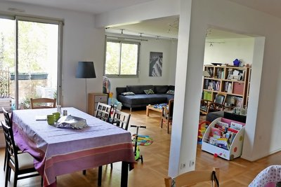 Apartment for sale in LYON  6EME  - 4 rooms - 115 m²