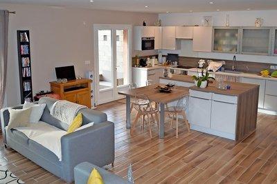 Maison à vendre à ROQUEFORT-LES-PINS  - 4 pièces - 110 m²