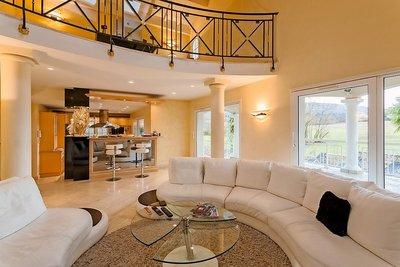 Maison à vendre à LIMONEST  - 9 pièces - 280 m²