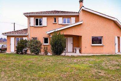 Maison à vendre à QUINCIEUX  - 7 pièces - 162 m²