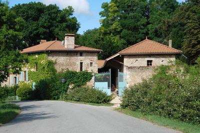 Maison à vendre à MARGES  - 13 pièces - 430 m²