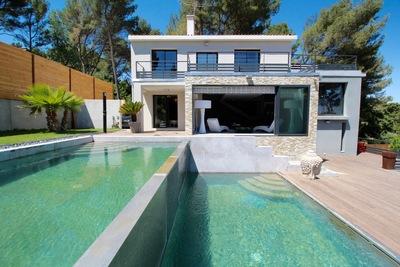 Maison à vendre à VILLENEUVE-LES-AVIGNON  - 12 pièces - 370 m²