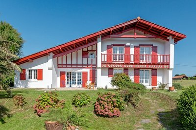 House for sale in AHETZE