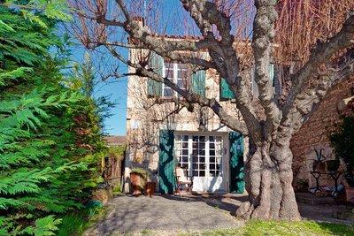 Maison à vendre à MAUSSANE-LES-ALPILLES  - 7 pièces - 160 m²