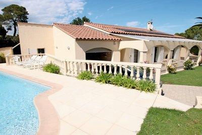Maison à vendre à MOUGINS  - 5 pièces - 180 m²