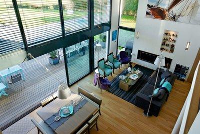 - 7 rooms - 300 m²