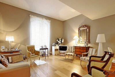 Apartment for sale in BORDEAUX  - 2 rooms - 82 m²