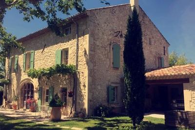 Maison à vendre à PLAN-D'ORGON  - 8 pièces - 240 m²