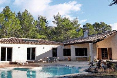 Maison à vendre à BEAURECUEIL  - 7 pièces - 268 m²