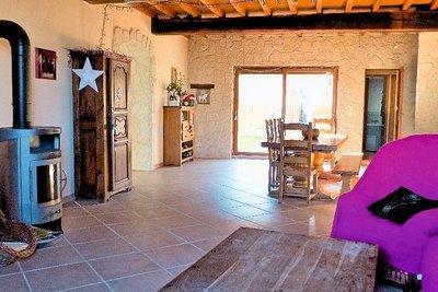 Maison à vendre à ST TRIVIER SUR MOIGNANS  - 8 pièces - 225 m²