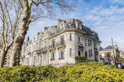 Maison à vendre à ST-NAZAIRE  - 8 pièces - 245 m²