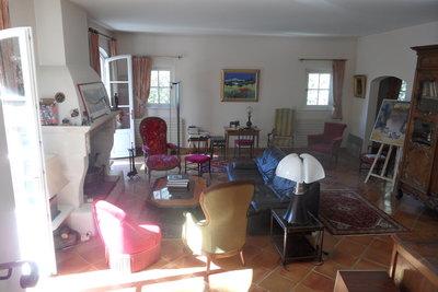 Maison à vendre à LE THOLONET   - 293 m²
