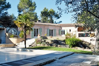 House for sale in VAISON-LA-ROMAINE  - 5 rooms - 178 m²