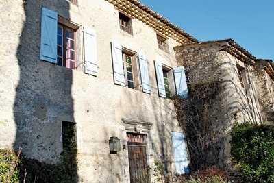 House for sale in VAISON-LA-ROMAINE  - 8 rooms - 255 m²