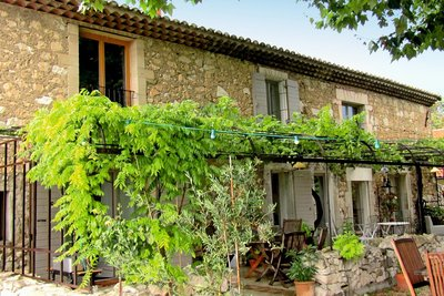 Houses for sale in Eygalières