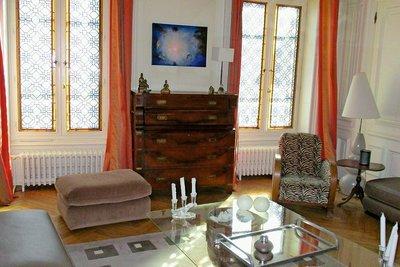 Maison à vendre à VILLEFRANCHE-SUR-SAONE  - 12 pièces - 329 m²