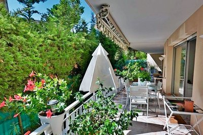 Apartment for sale in LE CANNET  - 5 rooms - 145 m²