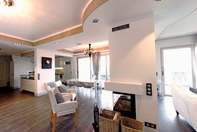 Maison à vendre à GATTIERES  - 11 pièces - 362 m²