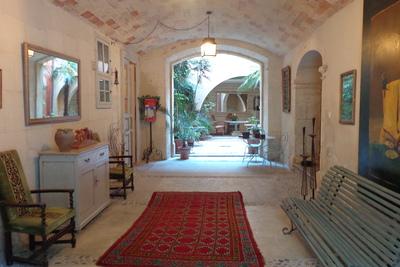 Maison à vendre à ARLES  - 10 pièces - 500 m²