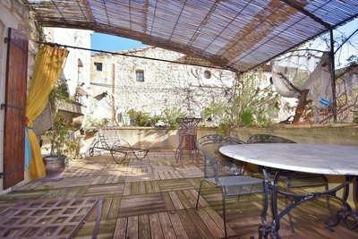 House for sale in UZES  - 4 rooms - 110 m²