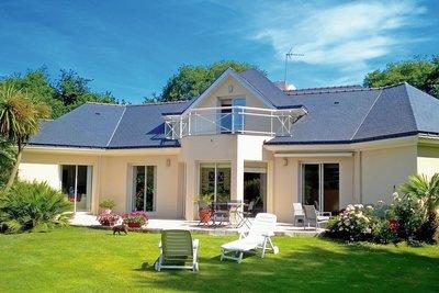 - 7 rooms - 220 m²