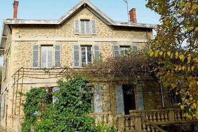 Maison à vendre à CHATEAUNEUF DE GALAURE  - 9 pièces - 200 m²