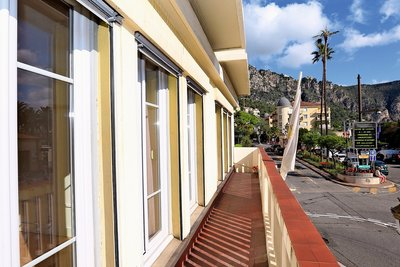 Appartement à vendre à BEAULIEU-SUR-MER  - 4 pièces - 97 m²