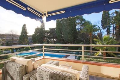 Appartement à vendre à CAP D'ANTIBES  - 4 pièces - 84 m²