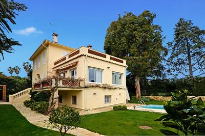 Maison à vendre à CAP D'ANTIBES  - 4 pièces - 175 m²