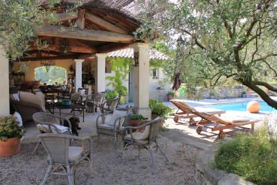 Maison à vendre à MERINDOL  - 9 pièces - 290 m²