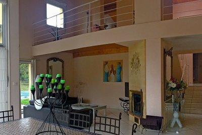 - 8 rooms - 165 m²