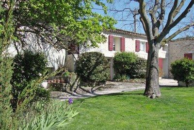 Maison à vendre à MEYREUIL  - 11 pièces - 250 m²