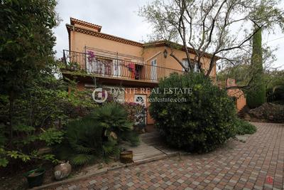Maison à vendre à LE CANNET  - 5 pièces - 205 m²