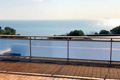 Maison à vendre à CARRY-LE-ROUET  - 9 pièces - 220 m²