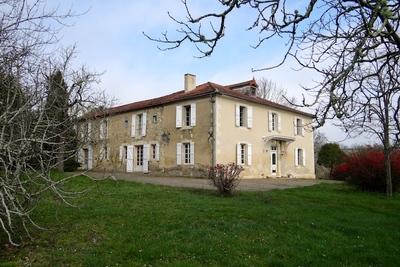 Maison à vendre à AUCH  - 11 pièces - 390 m²