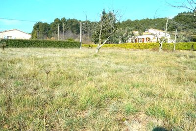 terrain à vendre à LES VANS   - 1271 m²