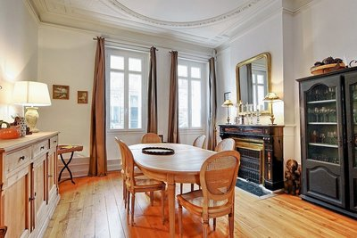 House for sale in BORDEAUX  - 9 rooms - 295 m²