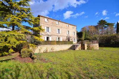 House for sale in UZES  - 9 rooms - 336 m²