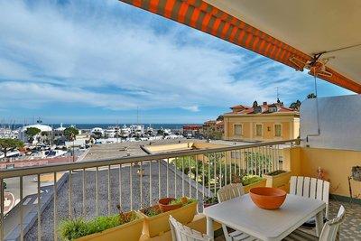 Appartement à vendre à BEAULIEU-SUR-MER  - 3 pièces - 105 m²